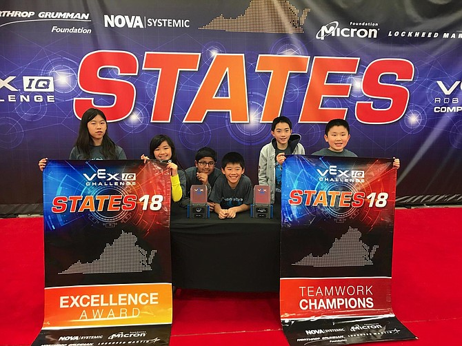 APR.2018: VEX IQ ROBOTICS COMPETITION